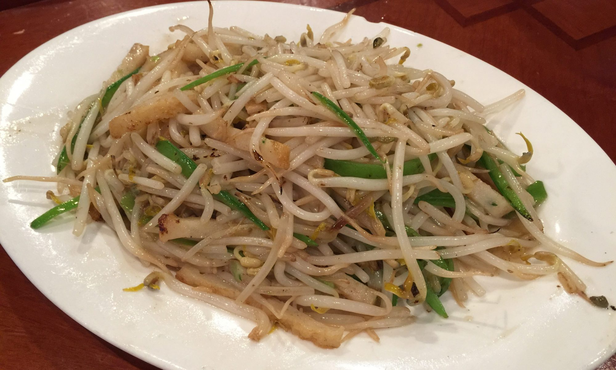 Stir Fried Bean Sprouts with Fish Cake
